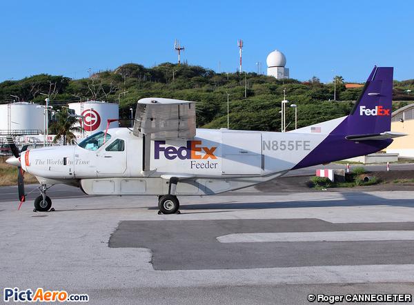Cessna 208B Grand Caravan (Mountain Air Cargo)