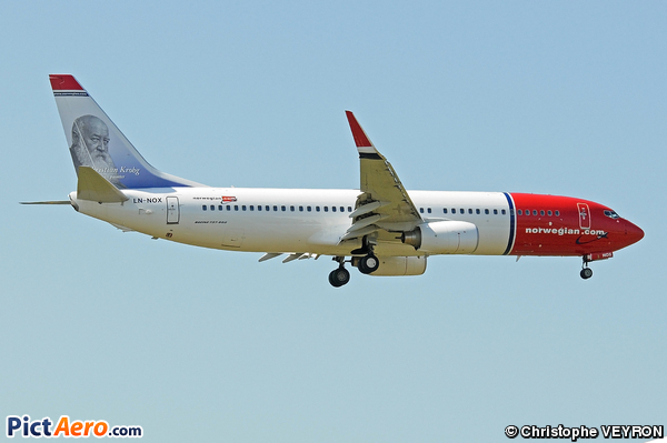 Boeing 737-81Q (Norwegian Air Shuttle)