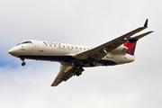 Bombardier CRJ-200LR (N8458A)