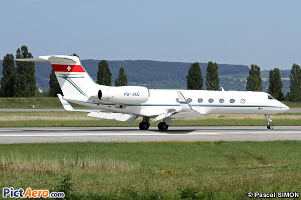 Gulfstream Aerospace G-550 (G-V-SP) (Jet Aviation Business Jets)