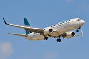 Boeing 737-8CT/WL (C-GWSX)