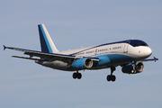 Airbus A320-232 (CS-TFY)