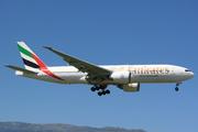 Boeing 777-21H/LR (A6-EME)