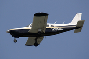 PIPER PA-32R-300 CHEROKEE SIX (N525RJ)