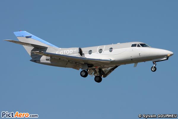 Dassault Falcon 10 (Darta Aero Charter )