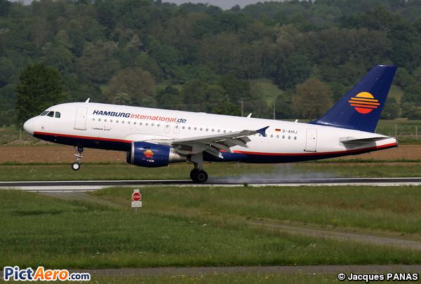 Airbus A319-112 (Hamburg International)