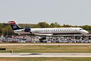 Canadair CL-600-2C10 Regional Jet CRJ-700 (N712PS)