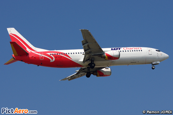 Boeing 737-45D (LOT Charters)