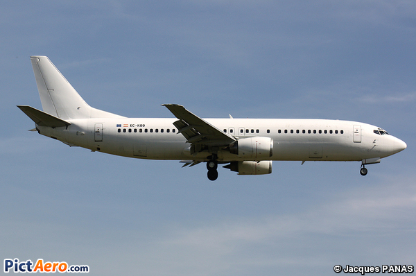 Boeing 737-4YO (Hola Airlines)
