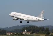 Airbus A320-211 (CS-TQS)