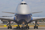 Boeing 747-4R7F/SCD (4K-600)