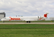 Canadair CL-600-2D15 Regional Jet CRJ-705ER (C-FTJZ)