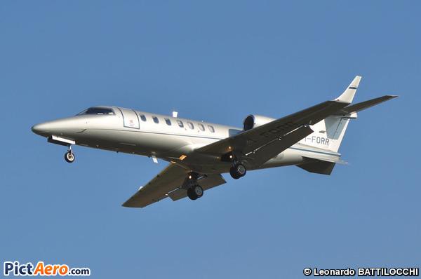 Learjet 40 (Privé)