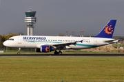 Airbus A320-214 (EC-KYZ)