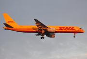 Boeing 757-236/SF (G-BMRJ)