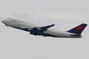 Boeing 747-451 (N675NW)