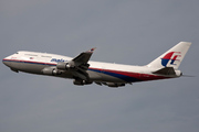 Boeing 747-4H6 (9M-MPP)