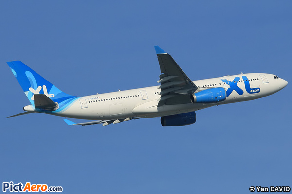 Airbus a330 243 f grsq xl airways france par yan david for Airbus a330 xl airways interieur