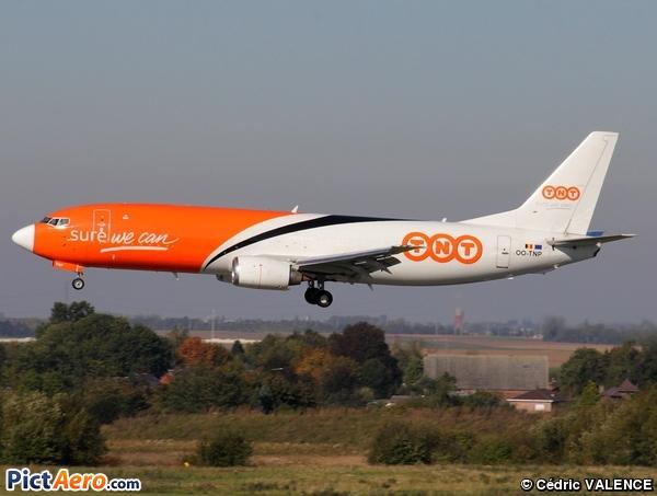 Boeing 737-45D/F (TNT Airways)