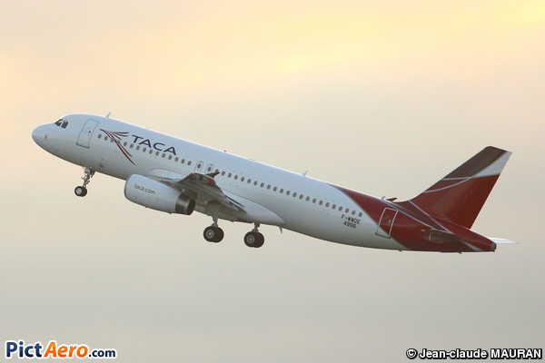 Airbus A320-233 (TACA International Airlines)