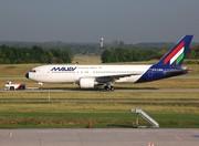 Boeing 767-27G/ER (HA-LHA)