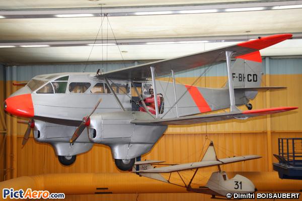 De Havilland DH-89A Dragon Rapide 6 (Musée de l'Air et de l'Espace du Bourget)