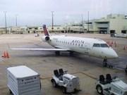 Bombardier CRJ-100ER (N811CA)