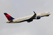 Boeing 757-251(WL) (N555NW)