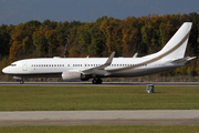 Boeing 737-8GQ (VQ-BOS)