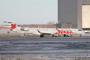 Bombardier CRJ-705LR (C-GJAZ)