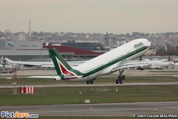 Airbus A330-202 (Alitalia)