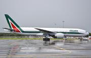 Boeing 777-243/ER (I-DISO)