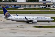 Boeing 737-924/WL (N30401)