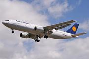 Airbus A300B4-603 (D-AIAI)