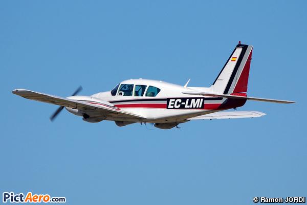 Pipoer PA-23-250 Aztec F (Privat)