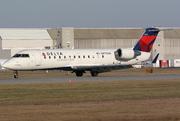 Canadair CL-600-2B19 Regional Jet CRJ-200ER (N8709A)