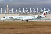 Canadair CL-600-2D15 Regional Jet CRJ-705ER (C-GNJZ)