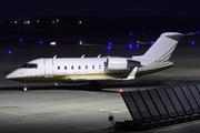 Canadair CL-600-2B16 Challenger 604 (N604MU)
