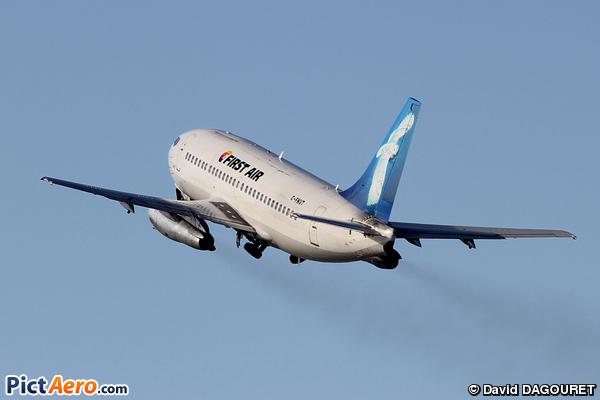 Boeing 737-248C (First Air)