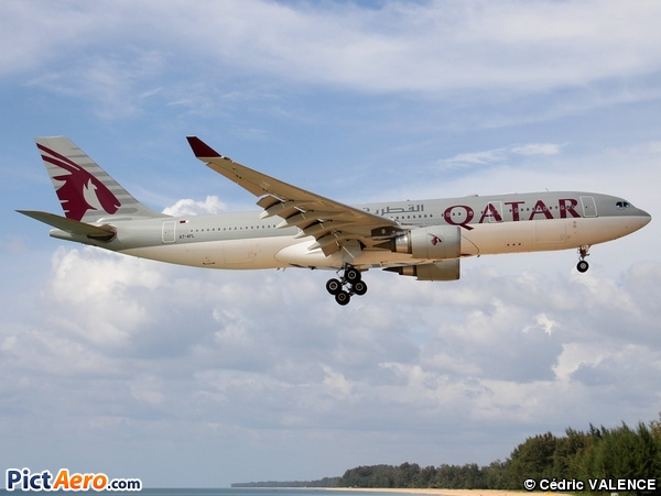 Airbus A330-202 (Qatar Airways)