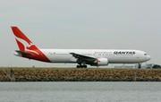 Boeing 767-338/ER (VH-OGP)