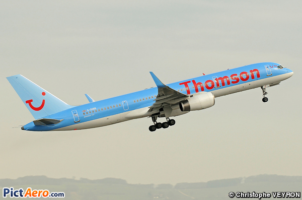 Boeing 757-28A (First Choice Airways (Thomson Airways))