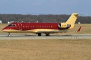 Canadair CL-600-2B19 CRJ-200  (G-RADY)