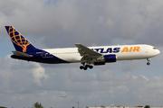 Boeing 767-3S1/ER (N640GT)