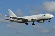 Boeing 767-232/BDSF (N762CX)