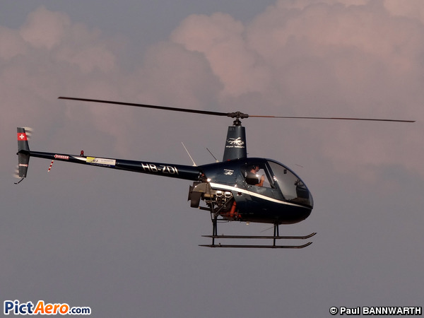 Robinson R-22 Beta (Airport Helicopter Basel AG)