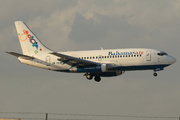 Boeing 737-2K5 (C6-BFW)