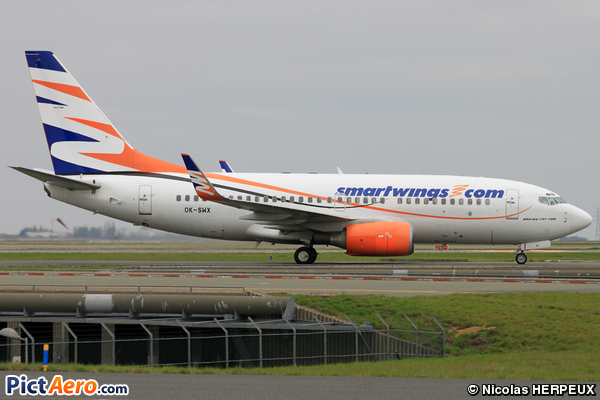 Boeing 737-76N  (Travel Service)
