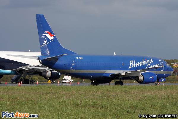 Boeing 737-36E/F (Bluebird Cargo)