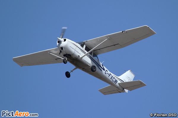 Cessna 172K Skyhawk (Dorval Aviation)